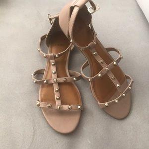 Sandals (tan color) size 8